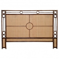 Moderne Maru Headboard Eastern King