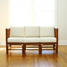 Moderne Maru Triple Settee